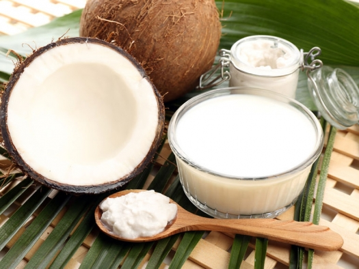 Four Weeks Consuming Coconut Oil Lowers Risk Of Heart Disease